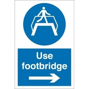 Use Footbridge Arrow Right Signs